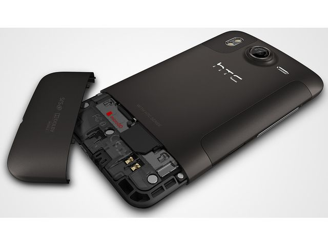 obsah balení HTC Desire HD + fólie InvisibleSHIELD displej