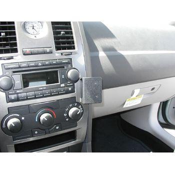 Brodit ProClip montážní konzole pro Chrysler 300C / 300C Touring 05-07, na střed vpravo